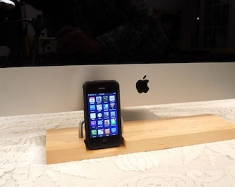 iPhone - iPod Dock -Charger and Sync Station -Long- Hard Maple - Brass style V2 ( iMac Base - Apple Studio Monitor )