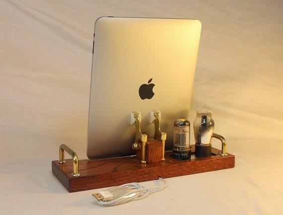 iPad - iPhone - iPod - Samsung - Dock - Sync and Charging Station- Tube Model Steampunk -  Vintage Radio
