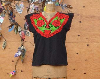Vintage Ethnic 70's Black With Red Embroidered Ethnic Cotton Top Short Sleeves SZ S