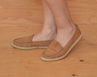 Vintage 80's Leather Slip On Espadrilles In Tan Size 9