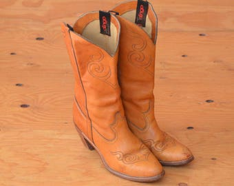 Vintage Dingo 70's Honey Brown High Heel Western Boot Women's With Cool Stitching Cowgirl SZ 10
