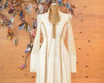 Vintage 70's Maxi Dress Cream Lace Gunne Sax Amazing Renaissance Prarie Style SZ Small