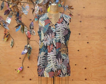 Vintage 80's Button UpTropical  Floral Vest In Beautiful White & Teal