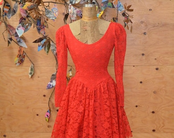 Vintage 80's Does 50's Rock-in Red Sexy Lace Cocktail Evening Dress SZ S