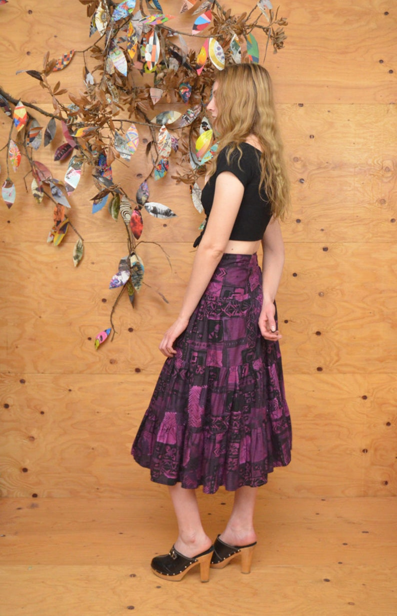 Vintage 80/'s Skirt Gypsy Tiered Wrap Midi In Black /& Purple With Floral Pattern SZ M
