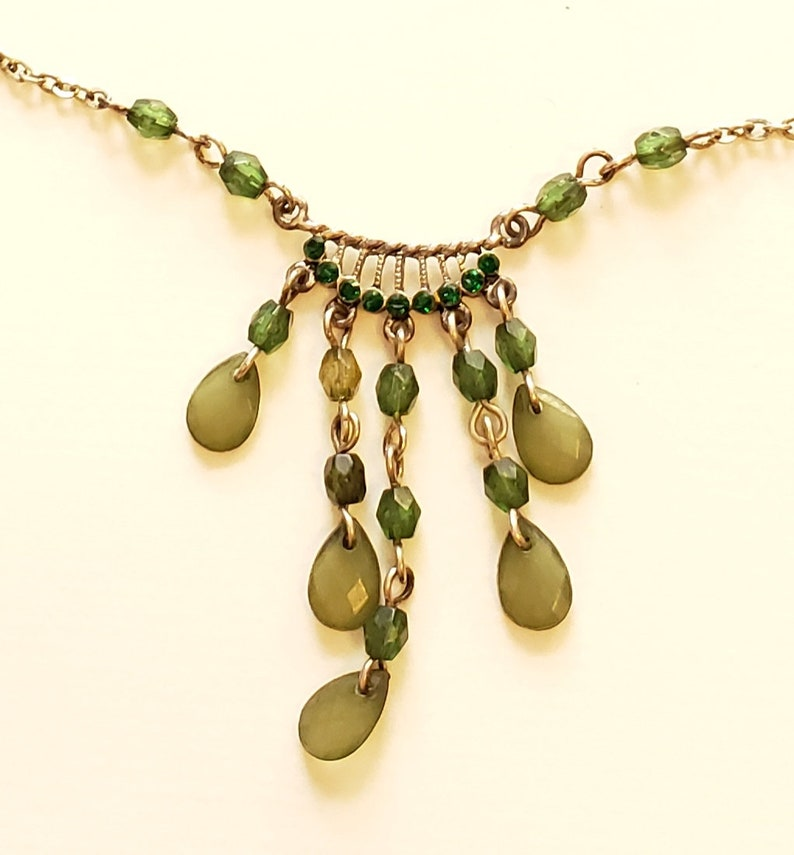 Vintage Drop Necklace Statement Necklace Green Lucite /& Green Rhinestone Necklace Vintage Jewelry Beaded Bib Necklace Feminine Necklace