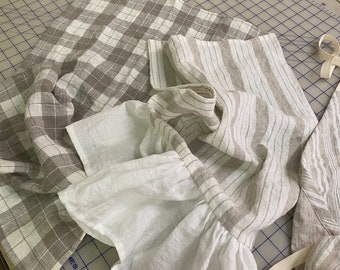 Pair of Linen  Kitchen Towels-Ruffled Towel and Tailored Towel Set
