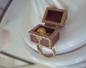 Open and Close Treasure Chest Ring