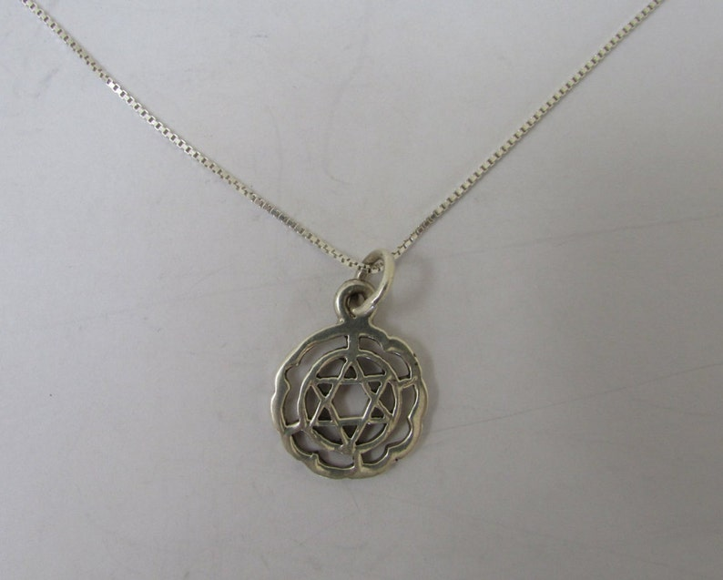 Stunning Star Pendant 925 Sterling Silver Necklace Chain Womens Jewellery Gift