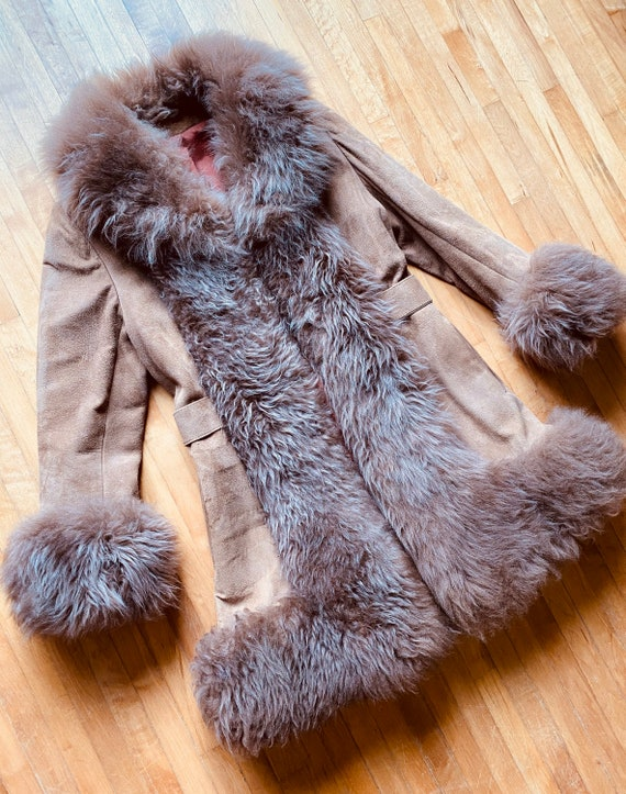 Vintage SHEARLING COAT 1970s 70s Penny Lane Almost