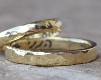 18k Solid Gold Hammered Unisex Wedding Band