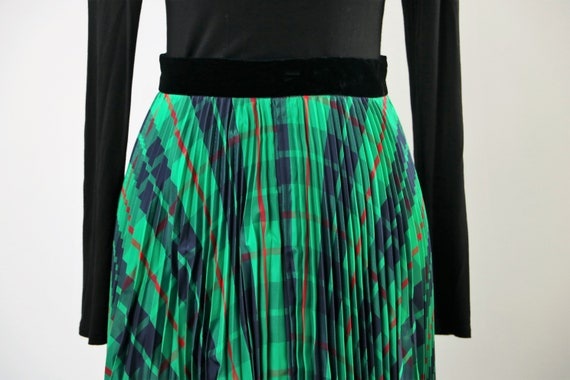 Vintage 1970's Green Plaid Pleated Maxi Skirt wit… - image 3