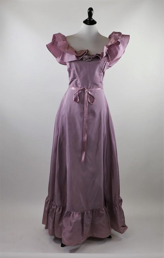 Vintage 1970's Pastel Mauve / Lilac Purple Gown W… - image 2