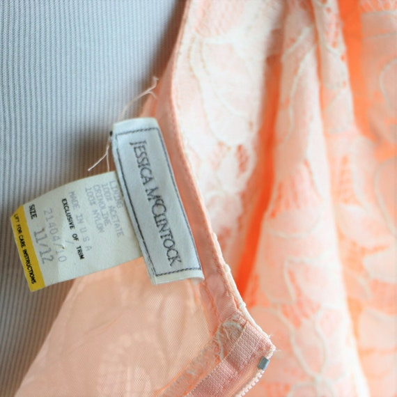 Vintage 1980's Peach and White Floral Lace Jessic… - image 9