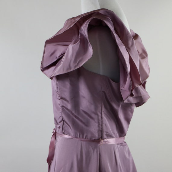 Vintage 1970's Pastel Mauve / Lilac Purple Gown W… - image 4