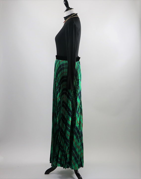 Vintage 1970's Green Plaid Pleated Maxi Skirt wit… - image 8