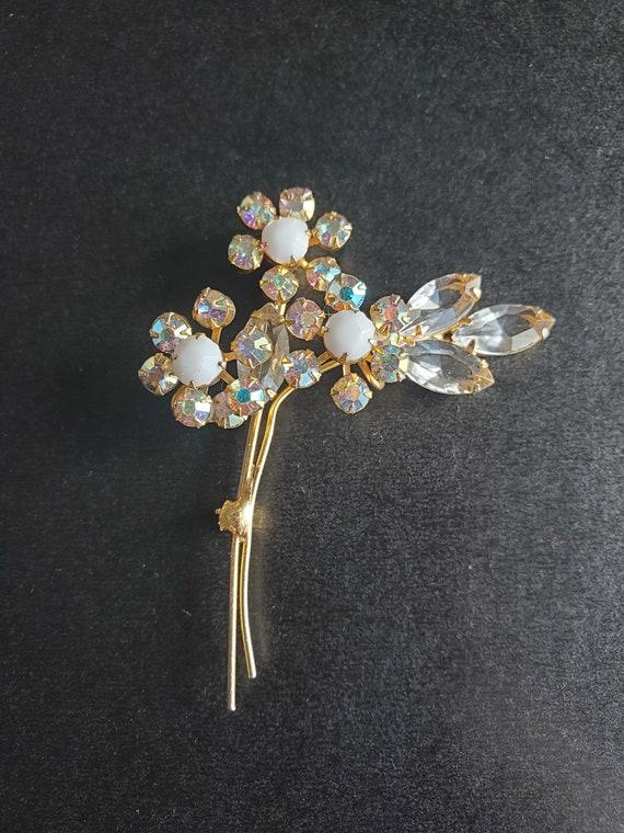 Vintage Three Flower Brooch with Aurora Borealis Rhinestones