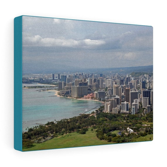 Wakiki Beach in Honolulu, Hawaii Canvas Gallery Wraps