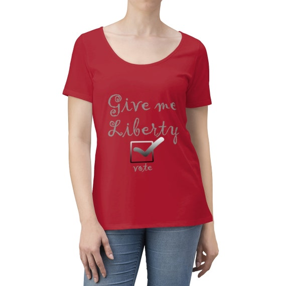 Give Me Liberty Vote - Women's Scoop Neck T-shirt gray lettering