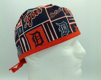 new styles d3e26 446a0 Detroit Tigers - Tie-back Surgical Scrub Hat