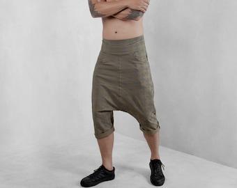 Mens Low Crotch Shorts, Drop Crotch Shorts, Mens Baggy Shorts, Mens Clothing, Mens Fashion, Menswear, Mens Streetwear, Mens Shorts