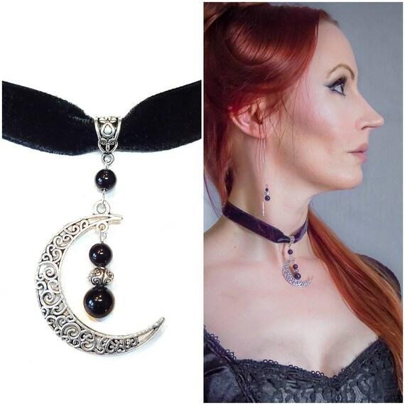 Gothic Crescent Moon Black Velvet Choker w Black Onyx
