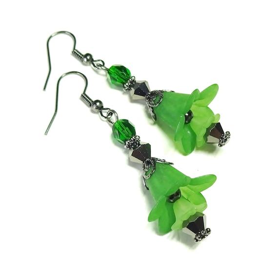 Green & Black Vintage Style Gunmetal Lucite Lily Flower Earrings