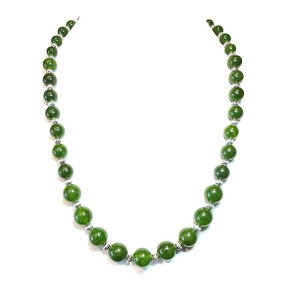 Green Taiwan Jade Semi-Precious Gemstone Graduated Necklace - 22 inches