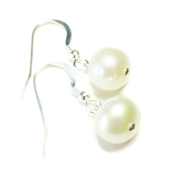 Cream Freshwater Pearl & Sterling Silver Drop Earrings