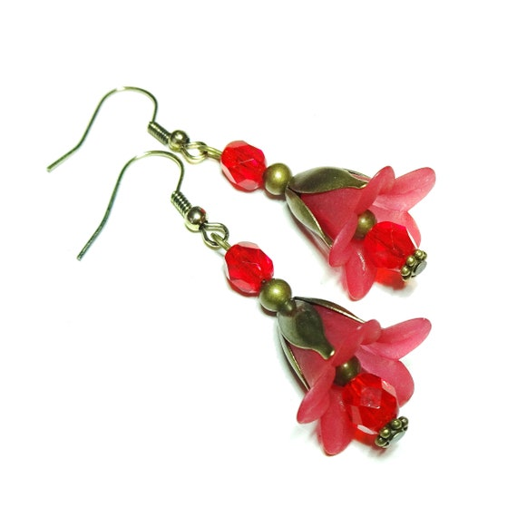 Red Vintage Style Brass & Lucite Lily Flower Earrings