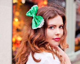 Emerald Green Velvet Hair Bow, Velvet Bow Clip, Velvet Hair Accessory, St Patrick's Day Fashion Accessory