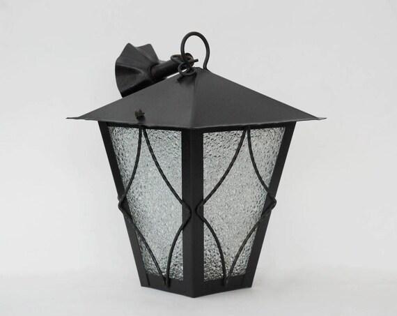 metall laterne pendelleuchte outdoor beleuchtung und terrasse etsy. Black Bedroom Furniture Sets. Home Design Ideas