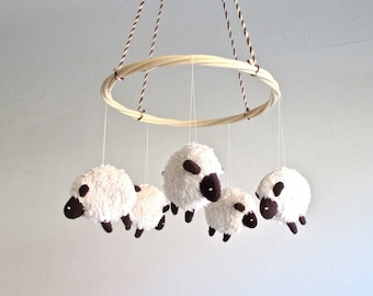 Baby mobile sheep, lamb baby mobile, nursery decor lambs, black and white baby mobile, shower gift, lamb nursery, gender neutral mobile