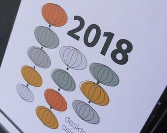 2018 Modern Graphics Desk Calendar
