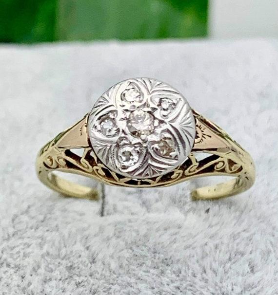18K Victorian Diamond Estate Ring,Vintage,.15tcw,F