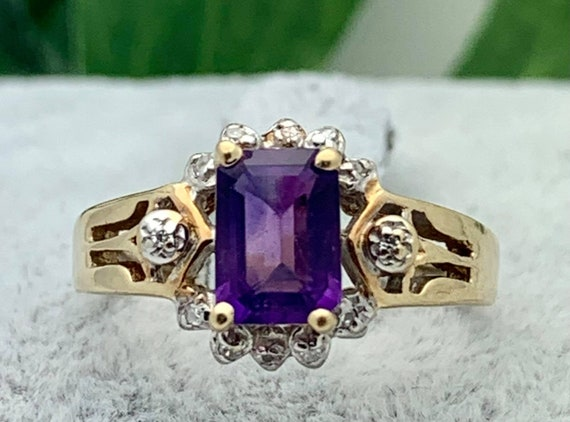 Estate Vintage Walter Lampl 10K Gold Pansy Pin with Emerald Cut Amethyst
