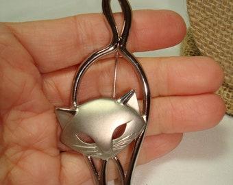 JJ Jonette Jewelry Vintage Silver Tone Large Cat Pin.
