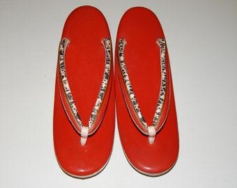 ba810e1e076 Red Zōri Sandals Japanese Shoes Geisha costume