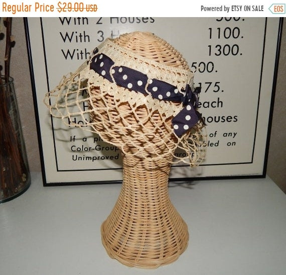 20% Sale Vintage 50s Crochet Lace Netting Hat