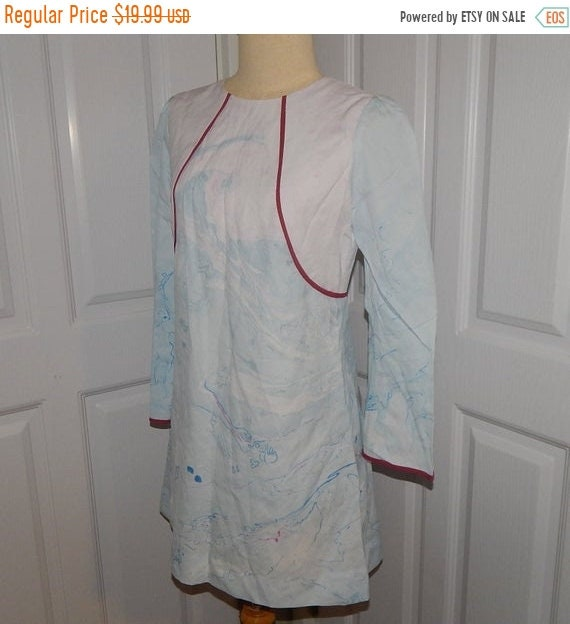 20% Sale Vintage 60s Beautiful Blue Marble Printed