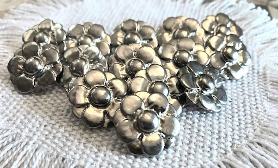 Real Metal Pewter Tone Shank Buttons Very Decorative Pretty 6pcs