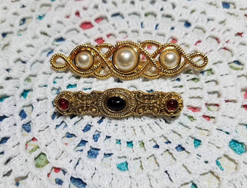 Ornate Gold Tone Red and Onyx Cabochon Stones etched 2 Vintage BroochPin Gift For Her OR Pearl Swirl Brooch Sold Separately