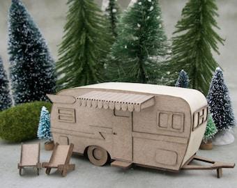 Miniature camper kit - makes 2 - Shasta camper - DIY