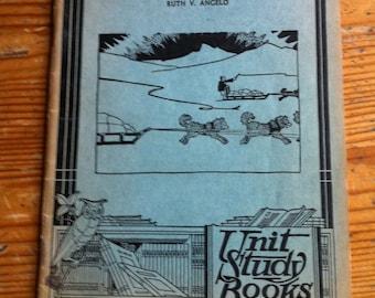 1934 Eskimos Unit Study Books No. 209 american Education Press booklet antique