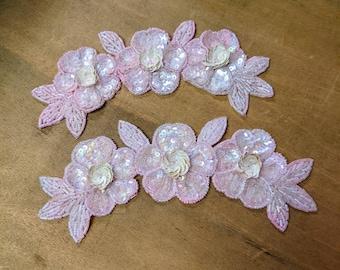 Pair of vintage flower sequin appliques - pink