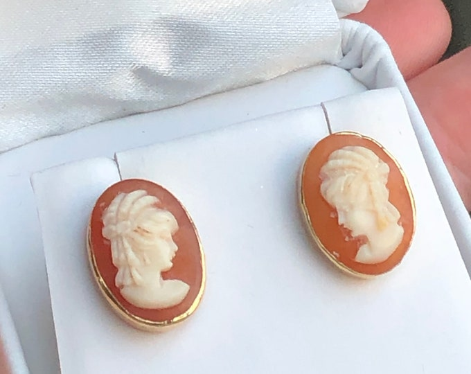 Cameo Earrings 14K Gold Hand Carved Shell Vintage