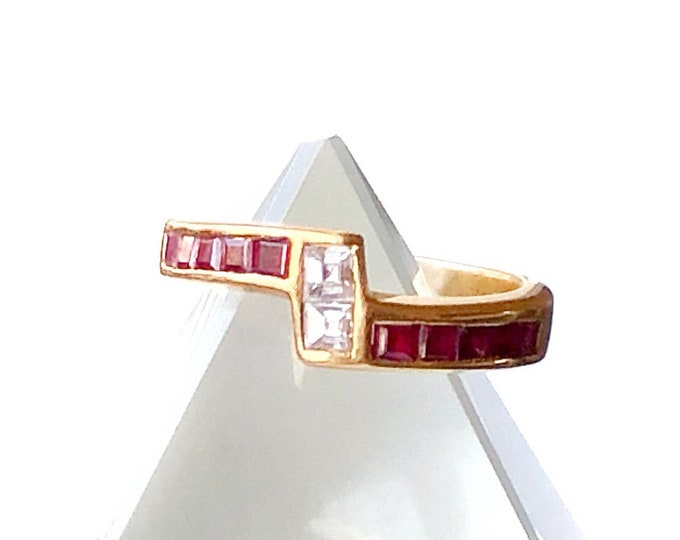 18k Square Cut Diamond & Ruby Ring Lightning Bolt Zig Zag