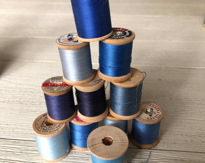 Vintage Wooden Spools Blue Thread Lot BL1