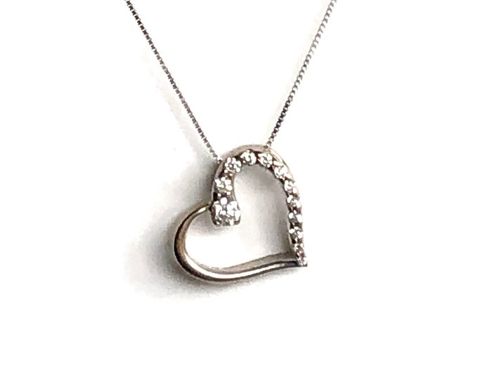 14k White Gold Diamond Heart Pendant Box Chain Vintage Sparkling Love
