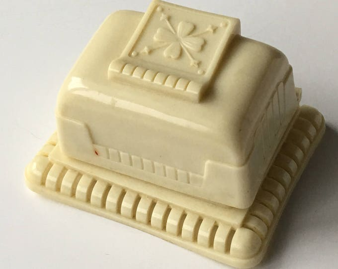 Vintage Ring Box Ivory White Art Deco Wedding Presentation
